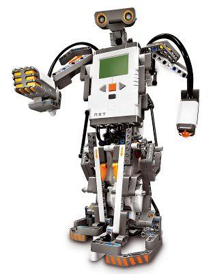 LEGO Mindstorms EV3 robot staand