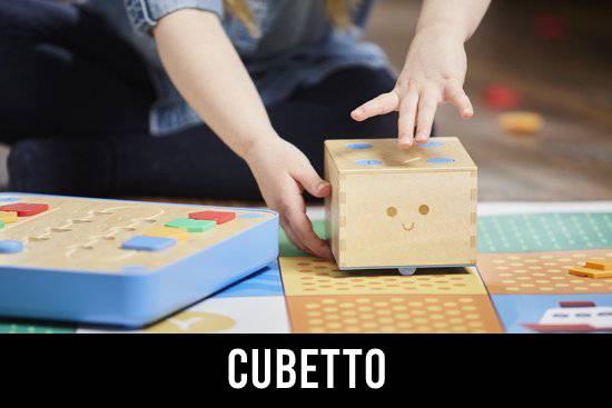 Cubetto van Primo Toys