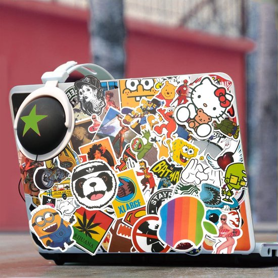 Stickers op laptop voorbeeld